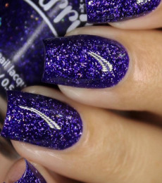 Starrily Nailpolish- Alternate Universe By Kelli Marissa