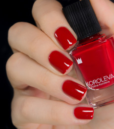 Koroleva Nailpolish - Finally, a Hangout!